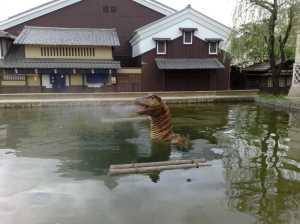 20090607江戸の町に恐竜?怪物?